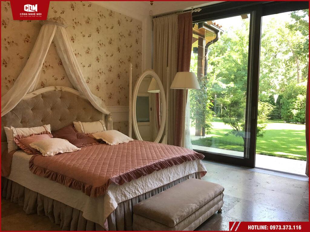 cua nhom xingfa phong ngu ha noi 1024x768 - Cửa nhôm phòng ngủ Xingfa