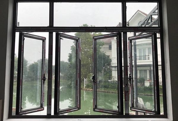 cua so nhom xingfa mo quay 4 canh 02 - Đơn vị thi công cửa nhôm Xingfa tại Hà Nội | Báo giá chi tiết