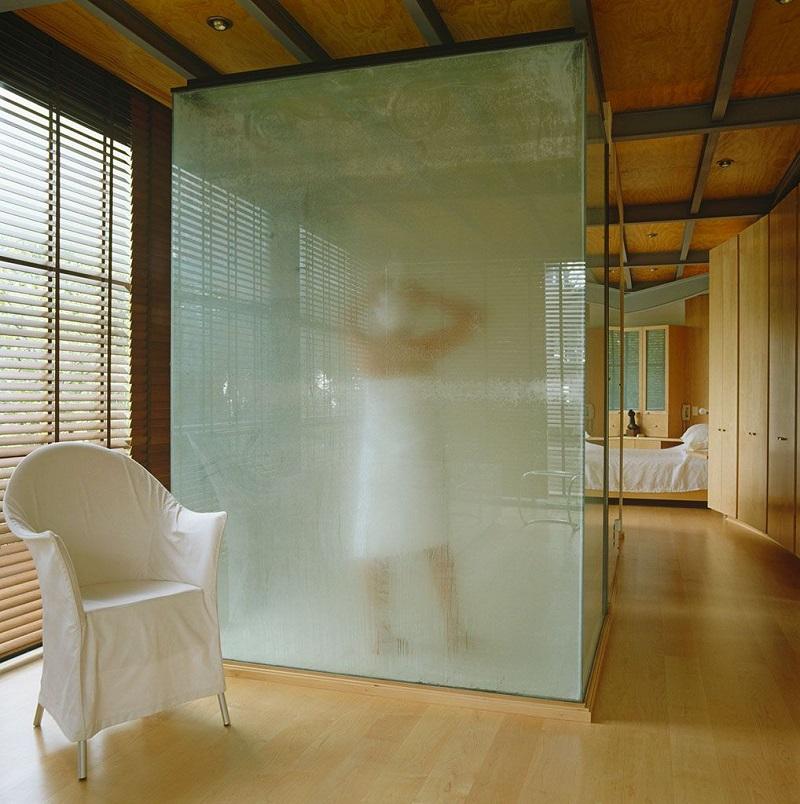 vach kinh phong tam 3 - Vách kính cường lực phòng tắm: thiết kế cách tân liệu có phù hợp văn hóa Á Đông?